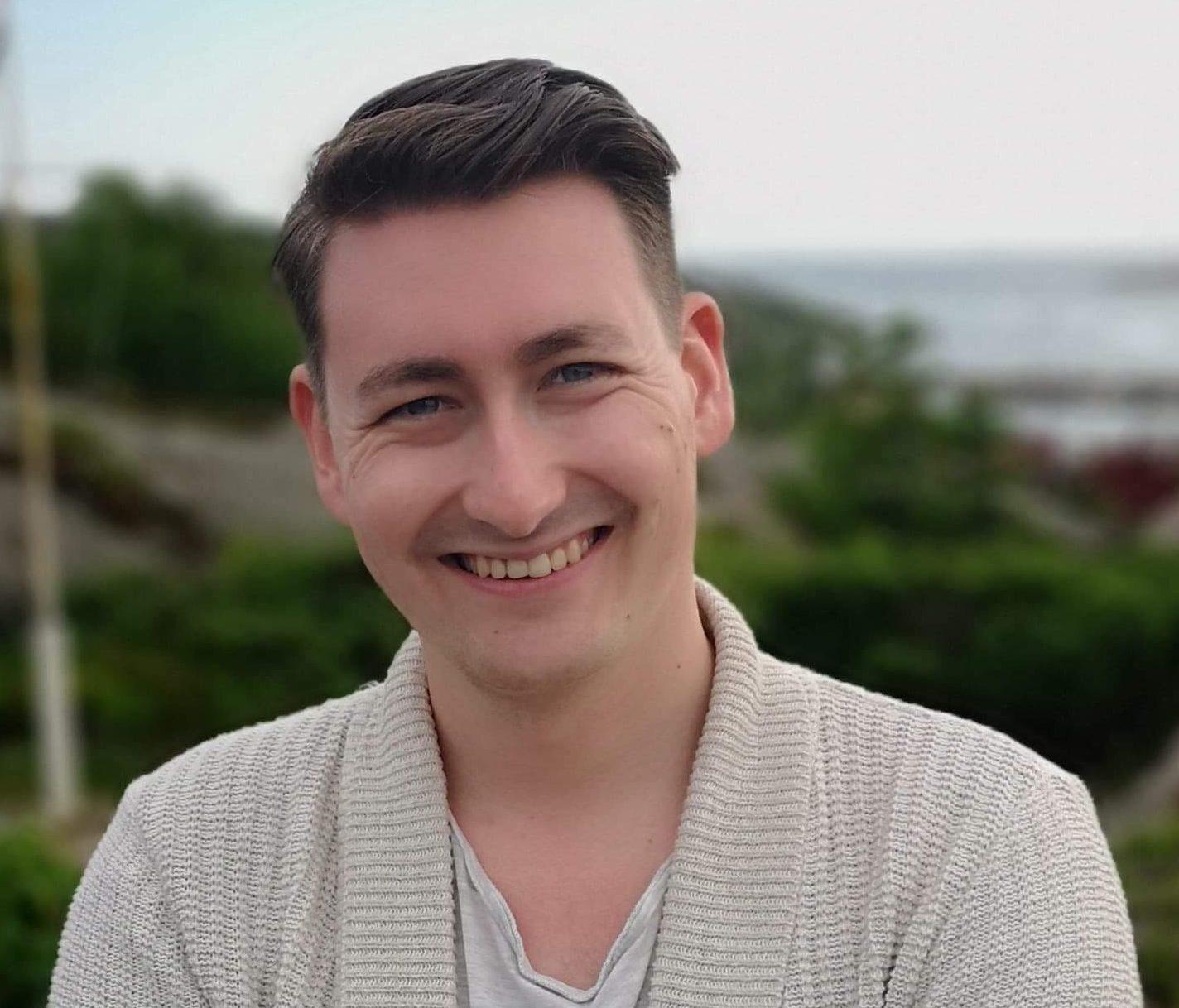 Eirik Riisnæs er norsk, engelsk og samfunnsfaglærer